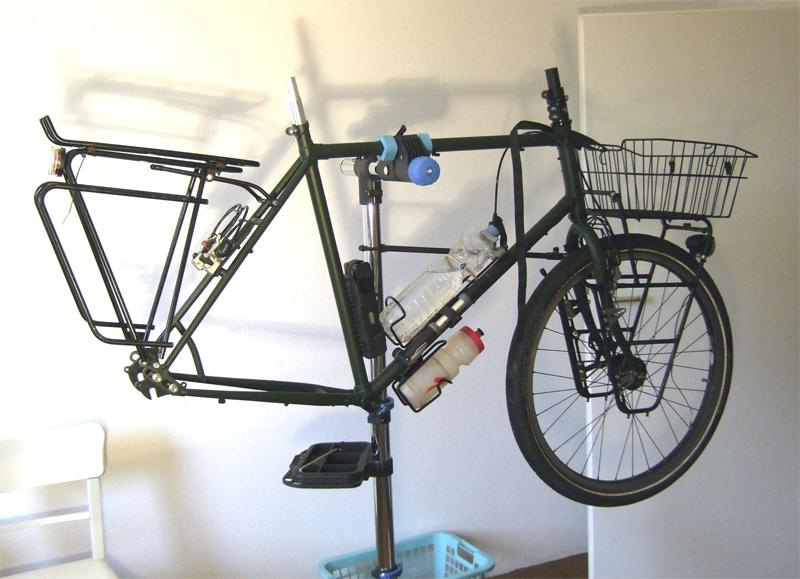 fahrrad montagest nder bei lidl zu empfehlen radreise. Black Bedroom Furniture Sets. Home Design Ideas